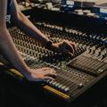 【音楽制作】ミキシングで使用するイコライザー&コンプレッサーの基本テクニック【DTM】